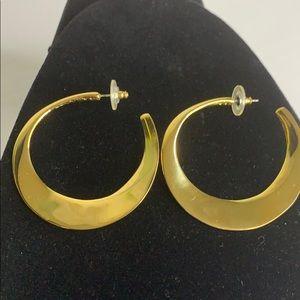 Vintage Clara Studios Gold Tone Hoop Earrings
